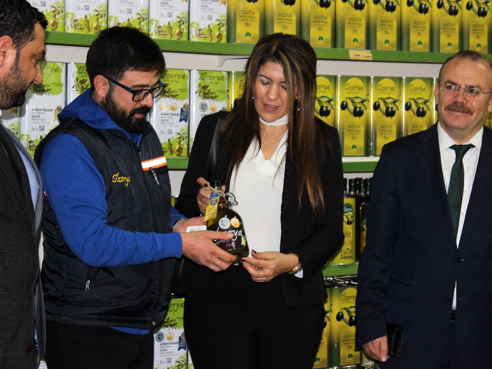 Kıbrıs Mersin Başkonsolosu Zalihe Mendeli Mut Zeytinyağı' nın Aroması Farklı